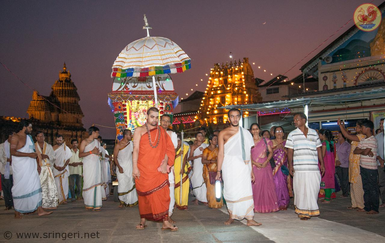 Evening procession of Sri Sharadmba in the divine presence of Sri Sannidhanam