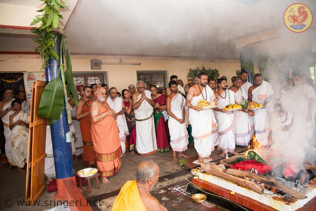 Purnahuti of Shatachandi Mahayaga on Mahanavami day (21Oct2015)