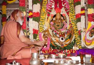 Sri Mahasannidhanam worships Goddess Durgamba on Rathotsava day